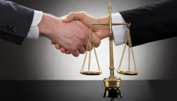 услуги юриста для организации